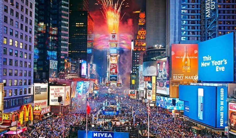 4 Time Square New York Photos That Will Make You Want To Visit The City
