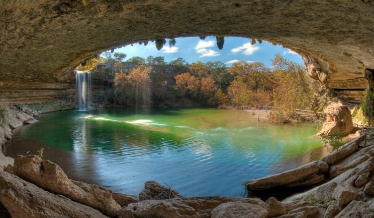 4 Hamilton Pool Preserve Photos That Will Surely Make You Want To Visit It Right Now