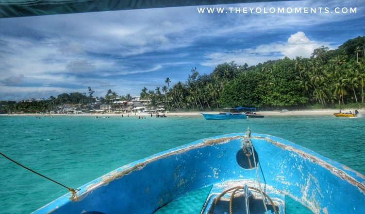 Turqoise Clean Water Of Boracay Philippines