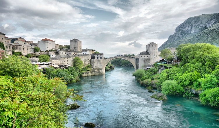 Bosnia and Hercegovina Travel Destinations You Shouldn't Miss - Neretva River Stari Most