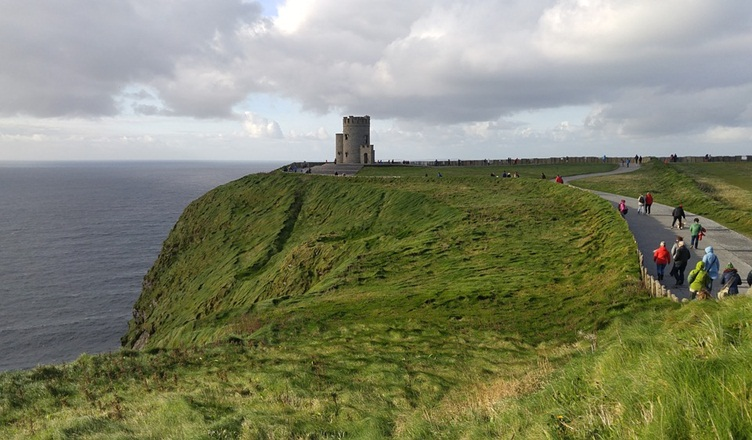 O'brien's Tower - Cliff Of Moher Facts Ireland