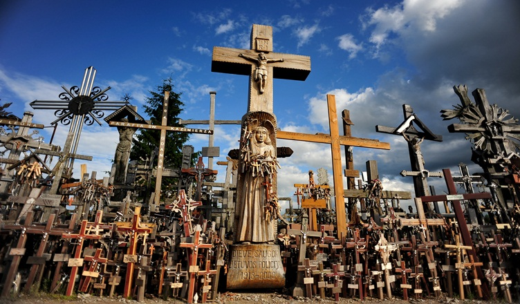 5 Interesting Facts About Hill of Crosses - The Yolo Moments